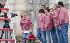 Los leoneses se lanzan a la plaza de la Catedral para vivir la fiebre por Masterchef Celebrity