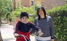 La familia de Bruno pide tratamiento compasivo para su distrofia muscular