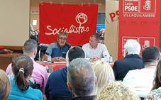 Los socialistas debaten en futuro de las pensiones en Navatejera