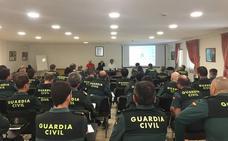 Autismo León acerca este trastorno a la Guardia Civil