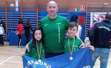 Doble éxito de oro del Valderas en el Campeonato PreTaekwondo de Torrejón