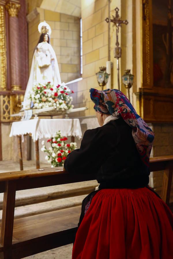 La lluvia obliga a suspender la procesión de Nuestra Señora de Camposagrado