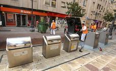 El informe da al Ayuntamiento la opción de adjudicar a Urbaser el servicio de basuras o iniciar el procedimiento y municipalizarlo