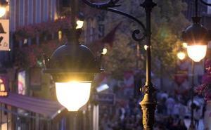 El PSOE denuncia los «apagones» en varias zonas de la ciudad por falta de material