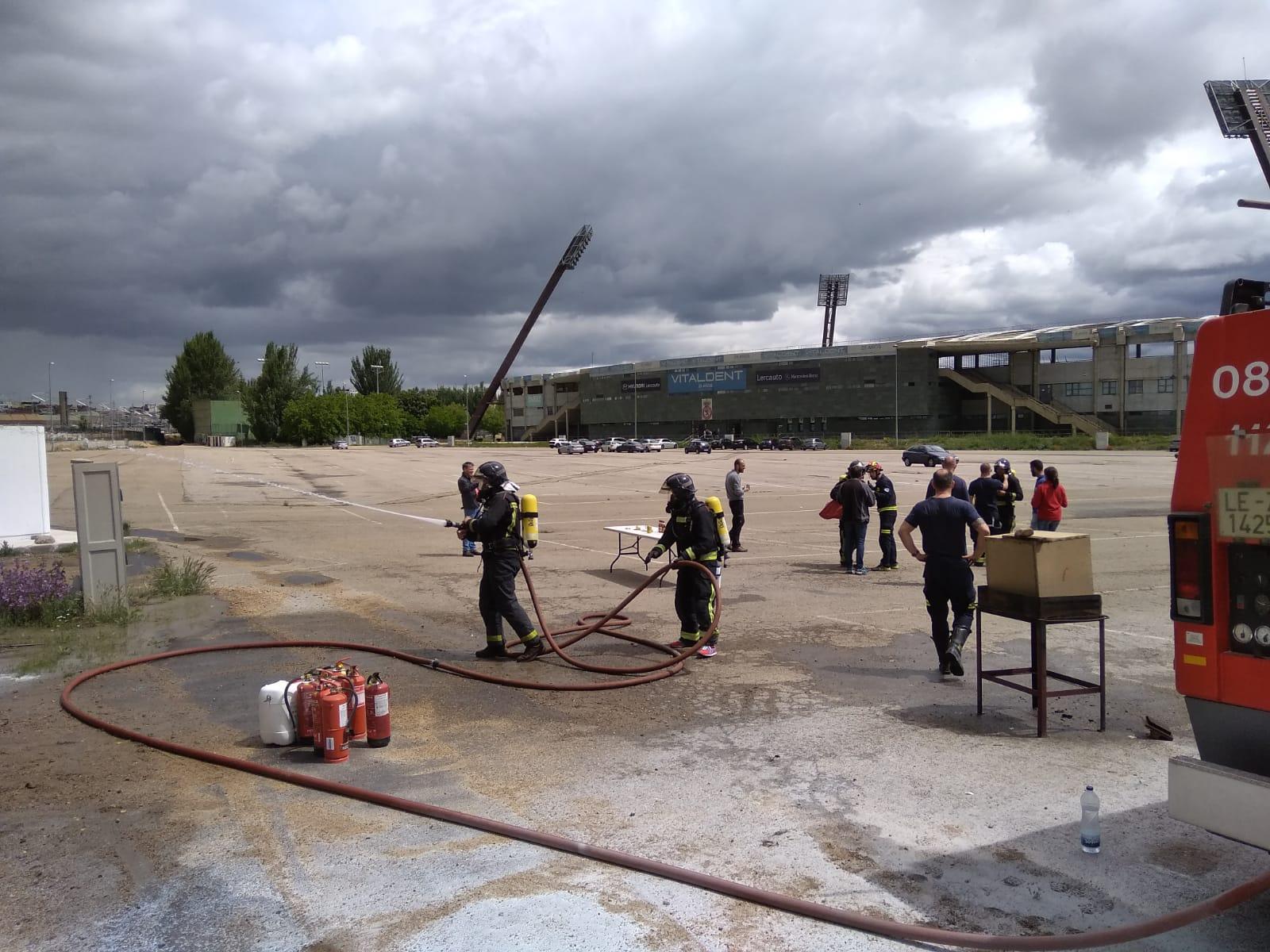 Simulacro de incendio en León