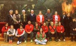 Cruz Roja organiza en la Escuela de FP de La Robla una jornada junto a los mayores