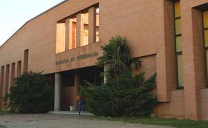 Multa de 3.000 euros por saltar sobre el tejado de la Facultad de la Veterinaria de León