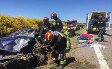 Un herido en una colisión múltiple entre un turismo, una furgoneta y un camión en la A-6
