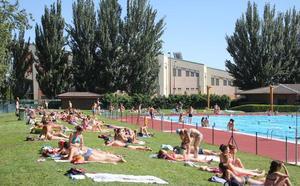 Las piscinas municipales de León reabren el 23 de junio sin variar sus precios