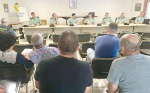 La Guardia Civil de León adjudica en subasta 71 lotes de armas de un total de 297