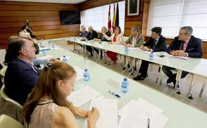 La Junta garantiza «total normalidad» en la acogida de los inmigrantes del 'Aquarius'