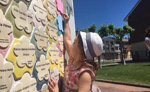 San Andrés homenajea a los niños del municipio con la colocación de más de 70 placas conmemorativas