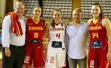 Silván 'arropa' al futuro del baloncesto femenino nacional