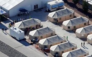 Trump da marcha atrás en la separación de niños