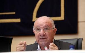 Fermoso afirma que la refinanciación a Santos Llamas era «una más» entre las «miles» en una época «tormentosa»