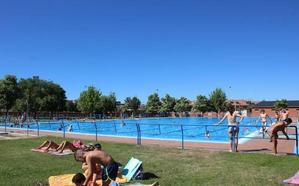 Las piscinas de San Andrés abren este domingo; las de Trobajo el 1 de julio