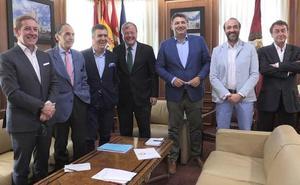 Silván apuesta por León para ser «nodo logístico» del Corredor Atlántico y no «un punto de paso»