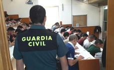 Casi 800 leoneses optarán a las más de 2.000 plazas, la mitad de acceso libre, de la Guardia Civil en España