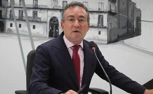 El Ayuntamiento invierte este verano 125.380 euros para pintar las fachadas e interiores de los colegios públicos de la ciudad