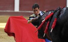 Puerta grande para el Fandi, Padilla y Mendoza en la Feria de León