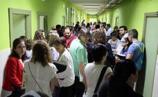 León recibe a 2.200 opositores que se examinan para optar a una plaza de Secundaria