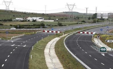 Las constructoras se quedan sin tajo en Castilla y León ante la ausencia de nuevas obras en autovías
