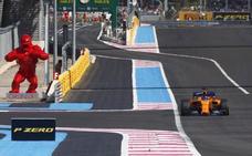 McLaren hunde a Alonso en Paul Ricard