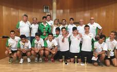 La alcaldesa y el concejal de Deportes de San Andrés reciben al Atlético Trobajo Cadete tras su ascenso de categoría