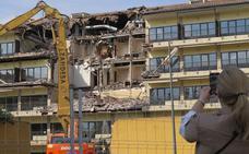 La Junta autoriza la remodelación del atrio y de las habitaciones en el parador Hostal de San Marcos