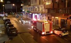 La tormenta mantiene en activo a los bomberos durante siete horas con 30 actuaciones en León capital