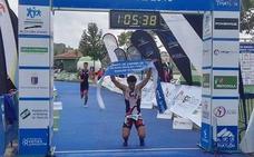 Viñuela se proclama campeón de España de triatlón individual