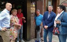 El PSOE canaliza las quejas de San Pedro y reclama obras en el colector para frenar las inundaciones del barrio