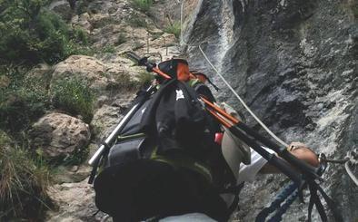 Rescatan a dos montañeros enriscados en la vía ferrata de Valdeón