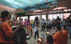 Las peñas dan la bienvenida al 'ajo' en las jornadas gastronómicas de Santa Marina del Rey