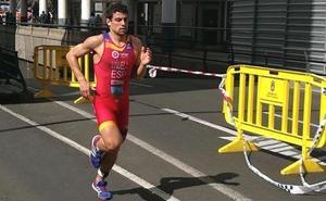 Kevin Viñuela consigue tres medallas en los Campeonatos de España de Triatlón Sprint y Acuatlón
