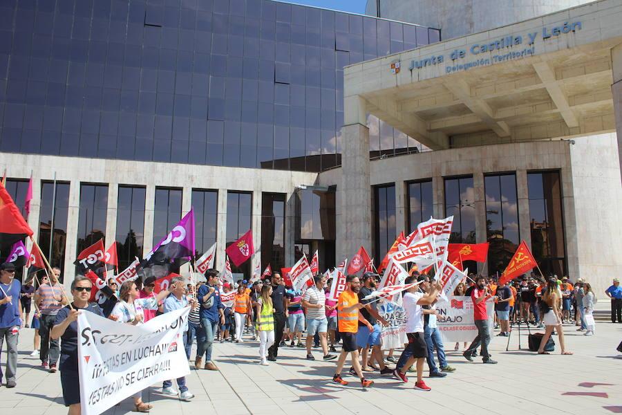 La manifestación parte de la delegación territorial de la Junta