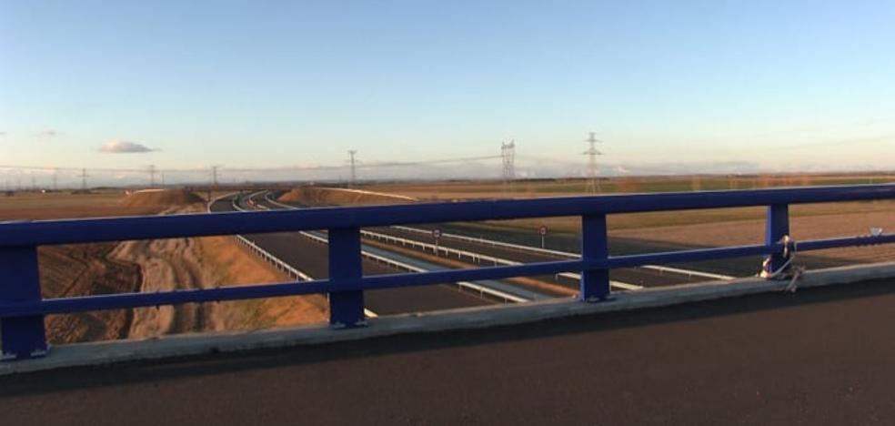 El ministro Ábalos inaugurará este miércoles el tramo Puente Villarente-Santas Martas de la A-60