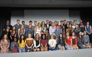 El alcalde recibe a 33 estudiantes de Indianápolis que han realizado un programa de inmersión lingüística y cultural en León