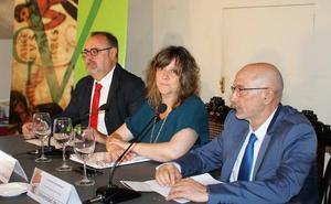 Fernando Rey aboga por impulsar el leonés en León, Zamora y Salamanca, pero descarta el «bilingüismo»