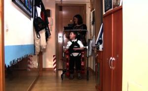 Los primeros pasos de tres niños con atrofia muscular espinal