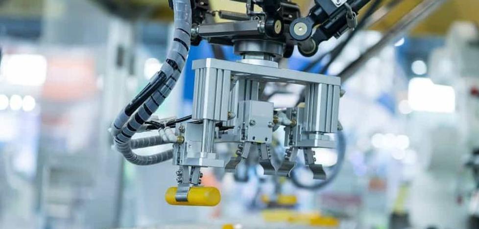 La cifra de negocios de la industria crece en mayo un 3,9% frente al aumento del 6,3% del sector servicios