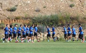 La Ponferradina inicia los entrenamientos bajo la dirección de Jon Pérez Bolo