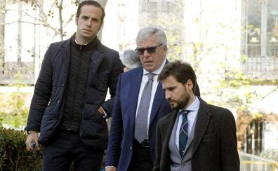 El juez De Egea archiva la causa al comisario detenido con Villarejo que recibió dos Porsche