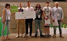 Cuatro jóvenes leoneses y dos profesores de la escuela de FP La Robla son premiados por la FedEx Express y Junior Achievement
