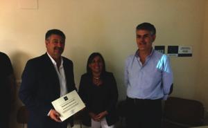 La Diputación de León recibe el reconocimiento de la UNED de «Emprendedor del año» por la promoción de modelos de turismo sostenible