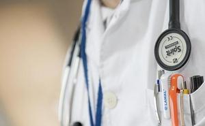 La Diputación presionará a Sanidad para mantener los médicos rurales y la Subdelegación pasa palabra