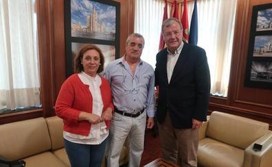 El Ayuntamiento renueva su apoyo a Cocemfe León para la integración de las personas con discapacidad