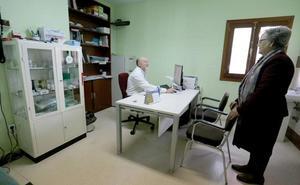 Agosto arrancará con una huelga que acentuará los efectos del déficit de médicos en la Sanidad rural de León