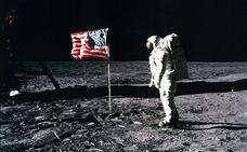 La familia de Neil Armstrong subastará la colección del primer hombre que pisó la luna