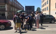 Herido un motorista tras colisionar con un turismo frente al Parque de Bomberos de León